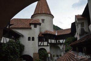 castello-di-dracula-castello-di-bran-luciano-blancato (34)