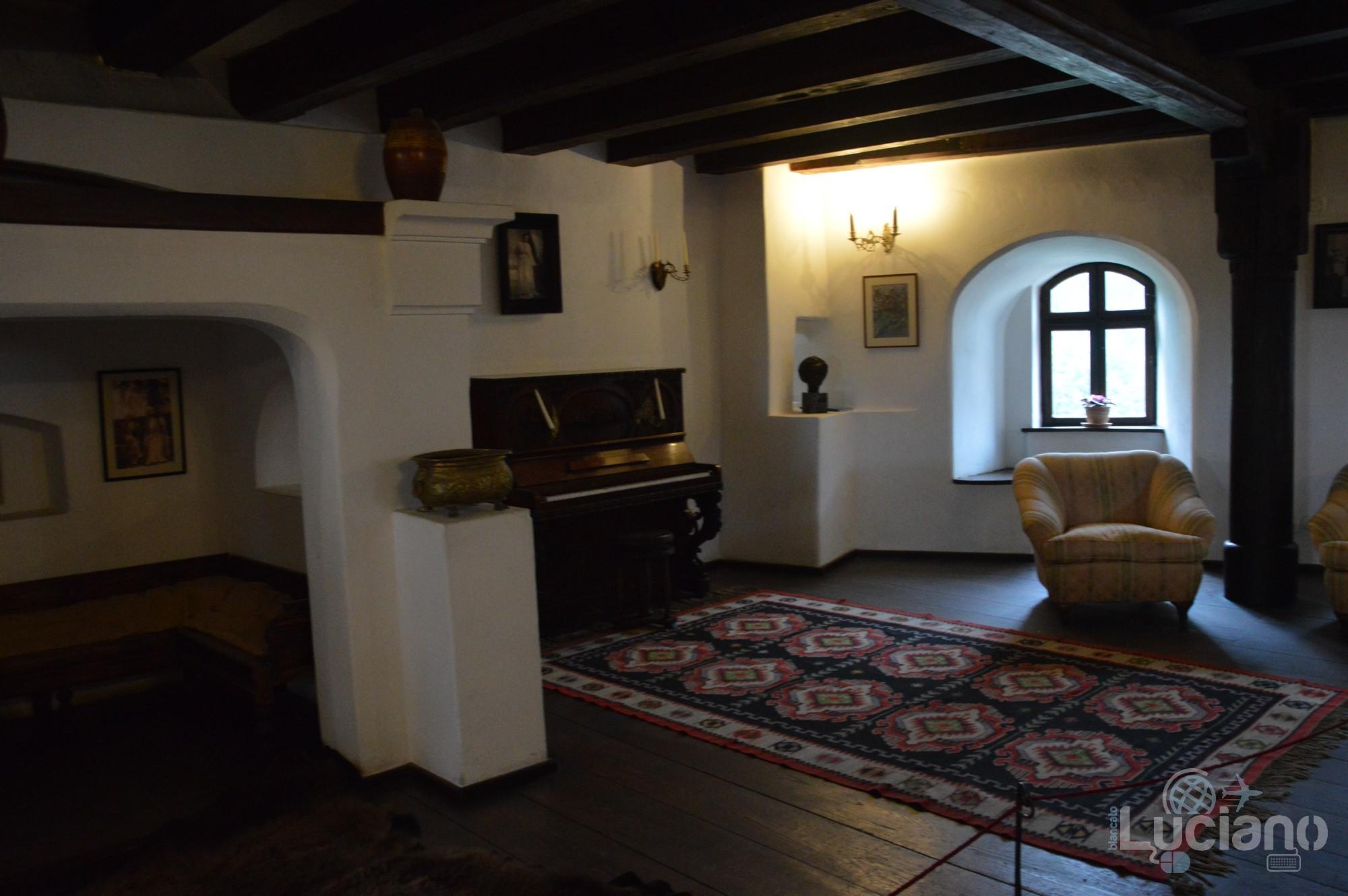 castello-di-dracula-castello-di-bran-luciano-blancato (56)