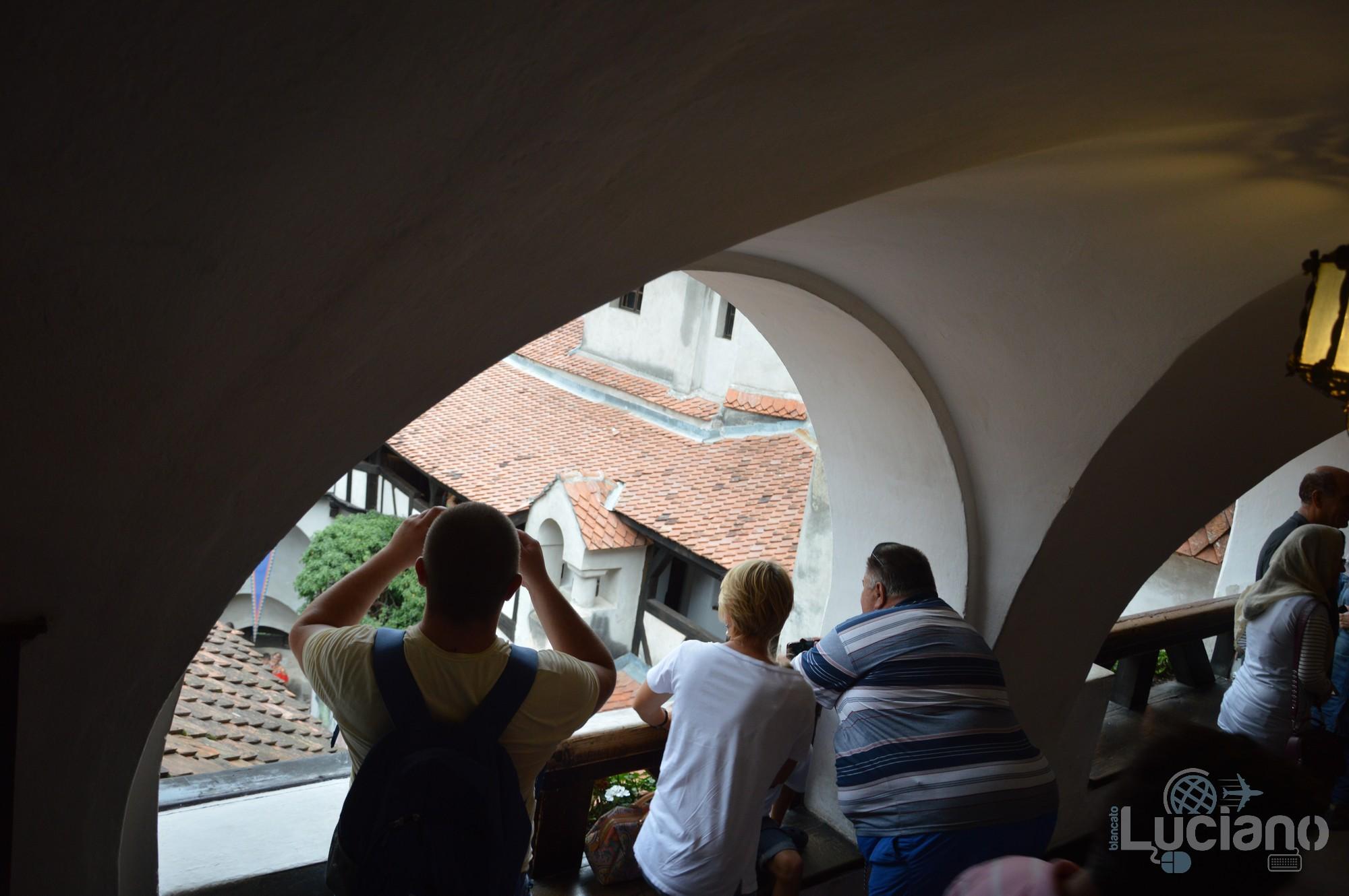 castello-di-dracula-castello-di-bran-luciano-blancato (67)