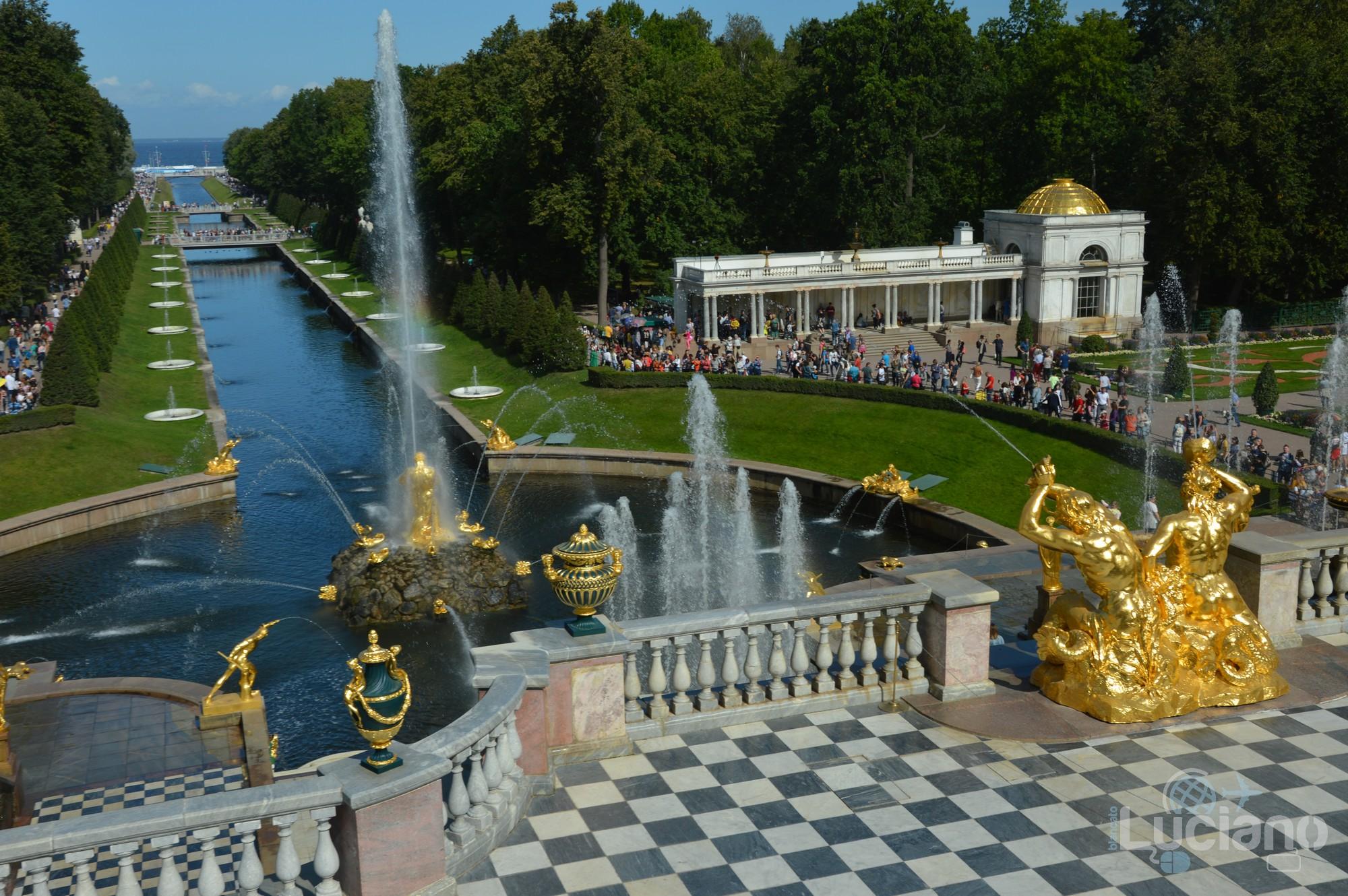 Giardini di Peterhof – San Pietroburgo – Russia